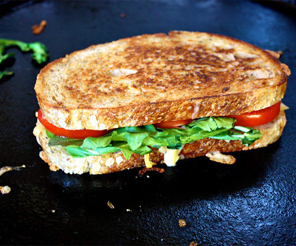 Smoked-gouda-grilled-cheese